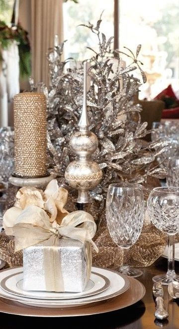 Here are 35 gold Christmas decorations and gold holiday decor - Elegant sparkling silver and gold holiday table.
