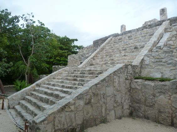 #Cancun #Travel #Guide > http://mayanexplore.com/riviera-maya-destinations/Cancun/Cancun-Travel-Guide #ThrowBackThursday