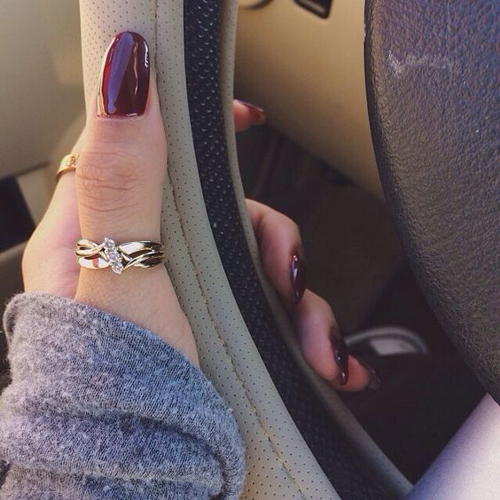 Gold thumb ring - very pretty and I am not normally for gold jewelry