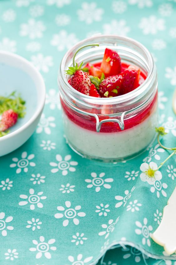 blanc manger sunday suppers beatrice peltre | Strawberry Blanc Manger en Verrines with its Strawberry Salad