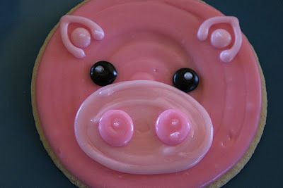 pig cookies for the summer pig roast!