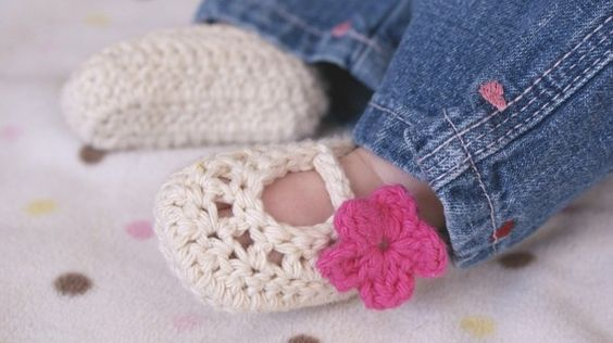 Baby Girl Shoes  Crochet Ballerina Baby Booties  size by bummybaby, $16.00