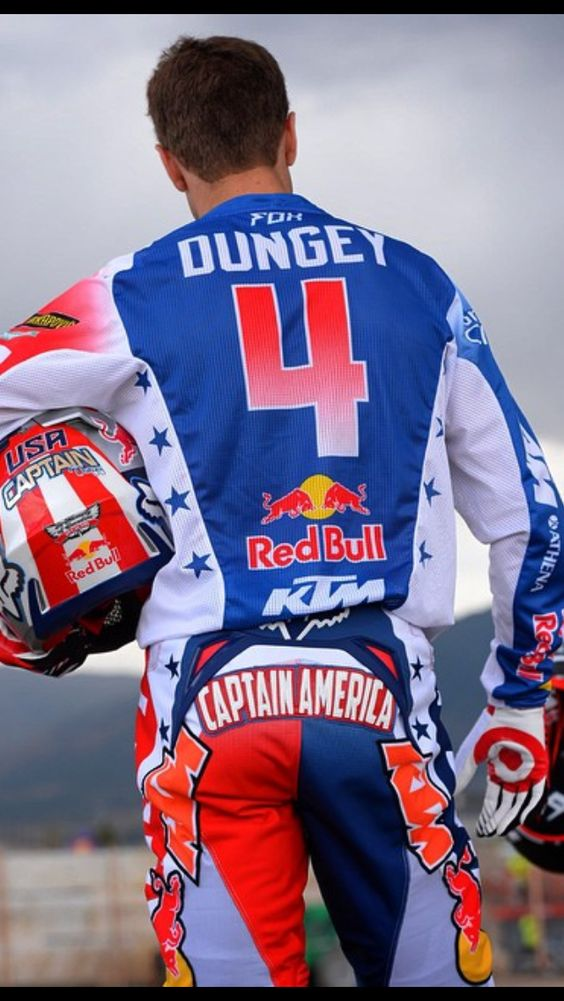 Captain America - Ryan Dungey 2014. Photo by Cudby