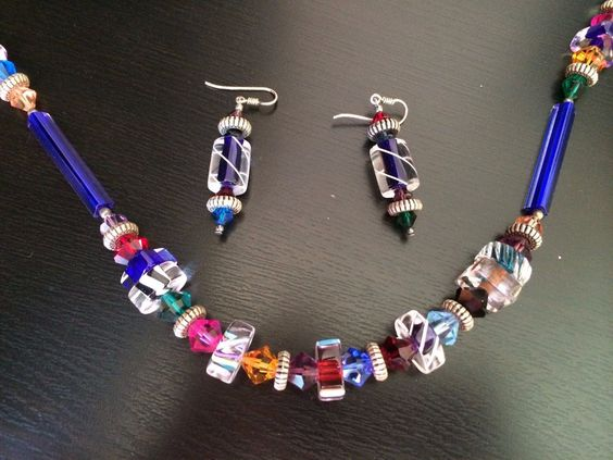 Artisan Handmade Multi-colored Glass Bead Necklace Earrings Set https://t.co/lCj7plrSC5 https://t.co/zemfUklxuf