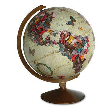 Decoupage Globe. Nice for a present or a home decoration.
