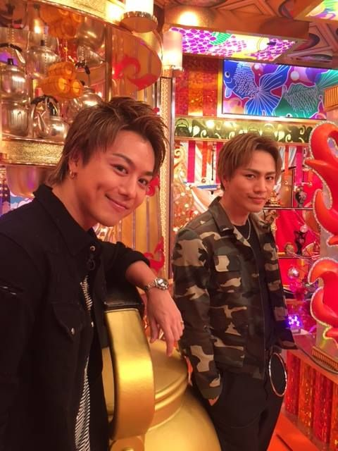 TAKAHIROとツーショットの登坂広臣