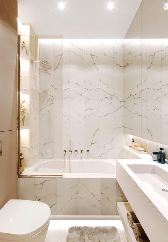 Bathroom Marble Ideas For Luxurious Effect Some Homeowners May Prefer To Make A Simple Bathro Nebolshie Vannye Komnaty Roskoshnye Vannye Komnaty Dizajn Interera