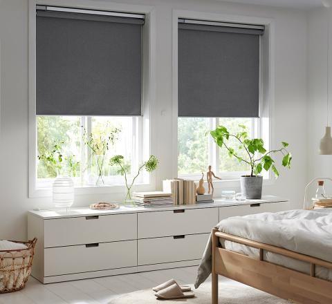 Fenster Verdunkeln 13 Ideen Tipps Schoner Wohnen In 2020 Elektrische Jalousien Fensterrollos Ikea Zuhause