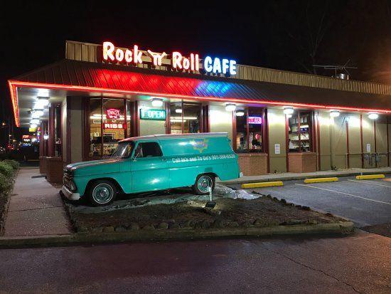 Rock N Roll Cafe Memphis Restaurant Reviews Phone Number Photos Tripadvisor Memphis Memphis Restaurants Trip Advisor
