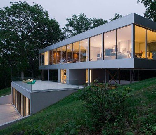 Split Level Homes Home Designs Stylendesigns In 2020 House On Stilts Architecture House Modern House Design