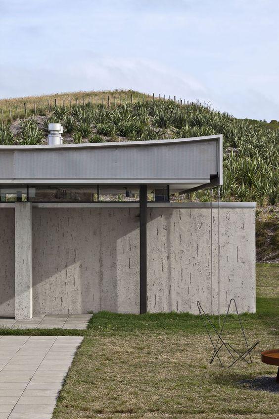Island Retreat by Fearon Hay Architects