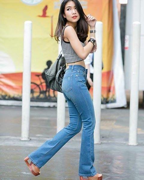 Boot cut jeans (ยีนขาม้า ผ้ายืด ฟอกสีซีต) Size S M X X...