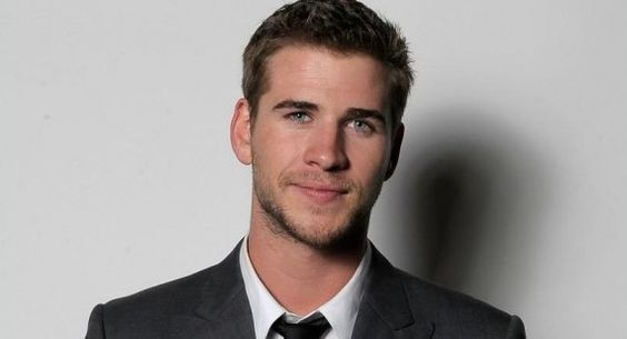 Liam Hemsworth <3 dude is fine...lord