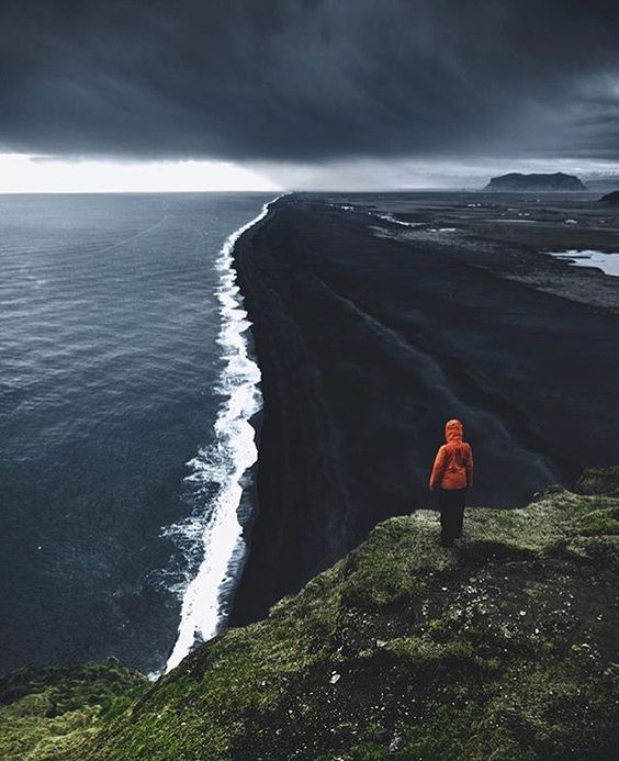 icelandair Black beach of Dyrhólaey  Photo by @muenchmax ! #MyStopover: