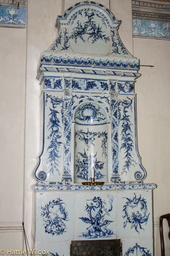 Swedish tiled stove