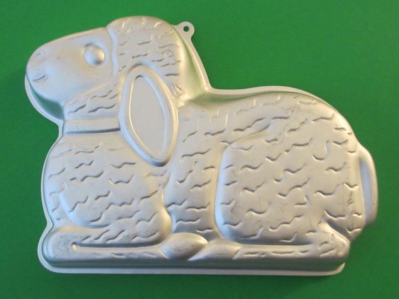 Wilton Aluminum Easter Lamb Cake Mold 2514 By KitschMerchant