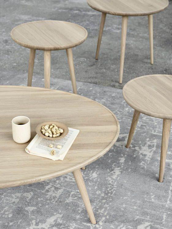 Wohnzimmertisch Accent Lounge Table Von Mater Wohnzimmertische Wohnzimmertisch Couchtisch Rund Holz