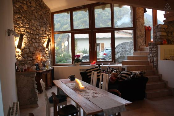 Schau Dir dieses großartige Inserat bei Airbnb an: Le Ponti: 7 Pers. Traum-Ferienhaus - Häuser zur Miete