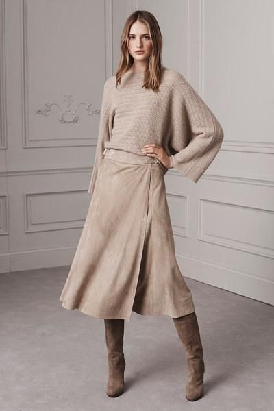 See how Ralph Lauren Pre-Fall 2016 is a gorgeous lesson in monochromatic dressing: