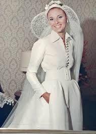 vestido de noiva de Denner - Pesquisa Google Dener somente aparece nas últimas provas do vestido (que são um total de 6 provas). As outras provas assim como todos seus vestidos eram feitos pela sua ...