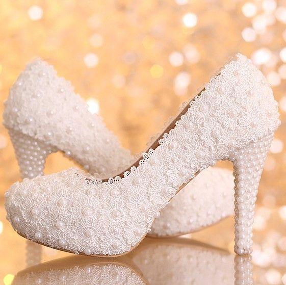Pas cher 2014 nouvelle plate forme belle perle dentelle blanche chaussures de mariage Femmes Pompes Dance Party sexy chaussures à talons hauts 10/12/14 cm taille 34 39, Acheter  Pompes de qualité directement des fournisseurs de Chine:     Bienvenue au magasin de lily         EUR taille: 34.35.36.37.38.39           Livraison gratuite à la plupart