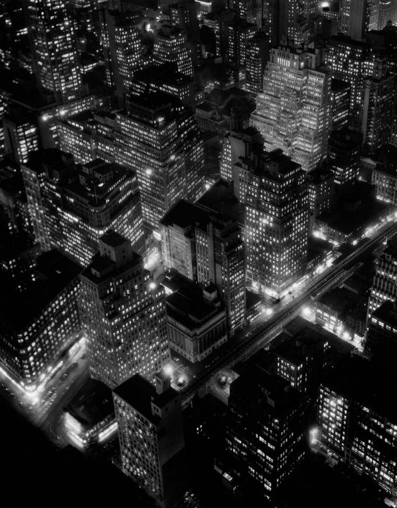 Berenice Abbott Night view, New York City, 1932 © Berenice Abbott, Courtesy of Ron Kurtz and Howard Greenberg Gallery, New York. Image Courtesy of Barbican Art Gallery