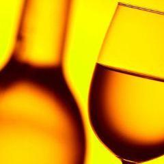Baclofène contre la dépendance à l'alcool : modeste efficacité comparativement au placebo