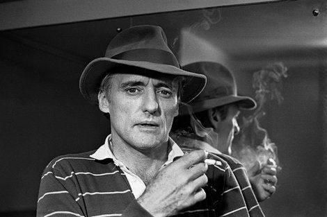 Dennis Hopper (1982)