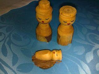Presépios Internacionais  : Presépio feito em madeira da Colômbia.