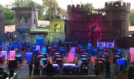 Dessert Party tonight right on the Indiana Jones Stunt Show Stage! @WDWToday #AwakenSummer https://t.co/ZNxSp1D3Wq