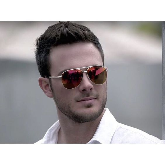 """""""Looking like a  Kris Bryant @kris_bryant17 is the new face of this clothing…"""