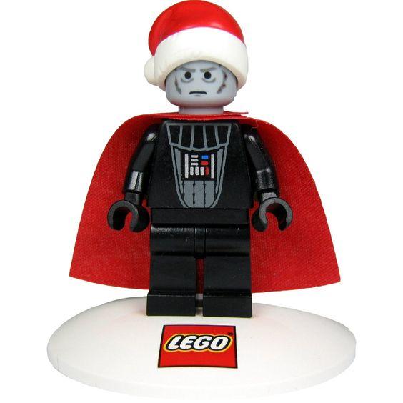 LEGO Star Wars Minifigur Santa Vader (Darth Vader) in LEGO Christbaumkugel / Weihnachtskugel - See more at: http://spielzeug.florentt.com/toys-games/lego-star-wars-minifigur-santa-vader-darth-vader-in-lego-christbaumkugel-weihnachtskugel-de/#sthash.qEh1UOl4.dpuf