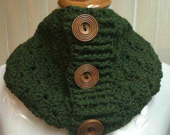 Nuevo botón bufanda capucha de ganchillo por VillaYarnDesigns