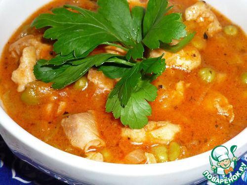 Гуляш из курицы с зеленым горошком - кулинарный рецепт