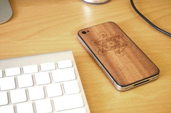 wooden iphone4 back.  yep.  wood panelling.  $89 from jackbacks