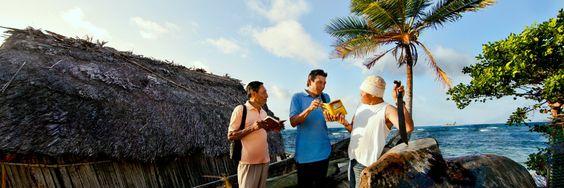 Témoins de Jéhovah qui prêchent la bonne nouvelle au Panama