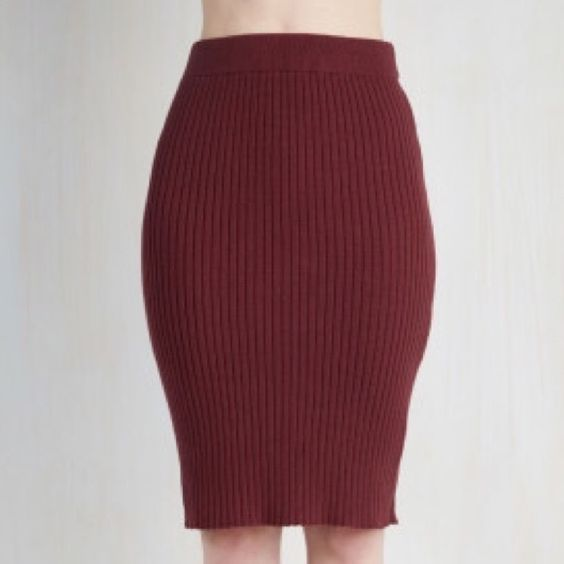 Glamorous Stretch Pencil Skirt (NWOT) Classy burgundy woven pencil skirt bought from ModCloth. Runs a bit on the large side. ModCloth Skirts Pencil