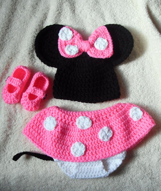 Free Crochet Pattern For Minnie Mouse Infant Outfit Joy ...