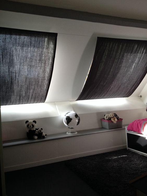 rideaux sur c bles pour fen tres de toit tapis voilage coussins pinterest. Black Bedroom Furniture Sets. Home Design Ideas