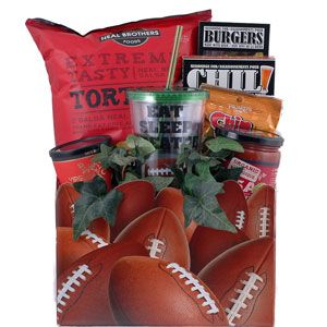 What fan of the gridiron wouldn't enjoy this collection of game day snacks?