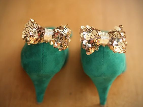i love all things bows and sequin