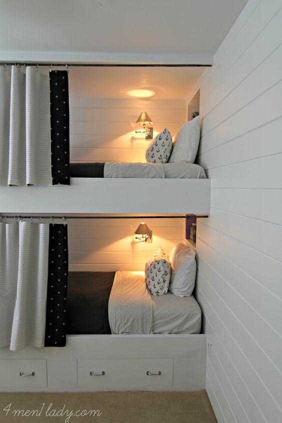 Literas con cortinas y cajones muy chic para mi gusto for Pinterest habitaciones