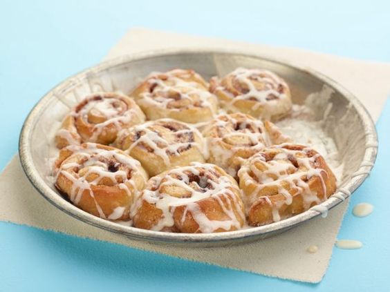 A family-friendly Easter breakfast, The Pioneer Woman's Gooey, Sweet Cinnamon Rolls are topped with a maple-toffee glaze.  #RecipeOfTheDay