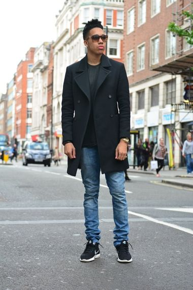 Blue skinny jeans with a black t-shirt black nike trainers and black felt coat. | Menu0026#39;s Fashion ...