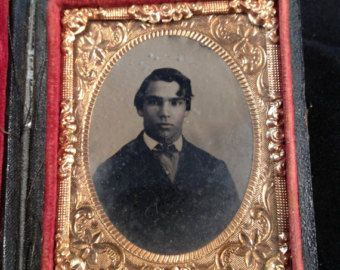 Daguerreotype in Union Case 9th plate, handsome young man.