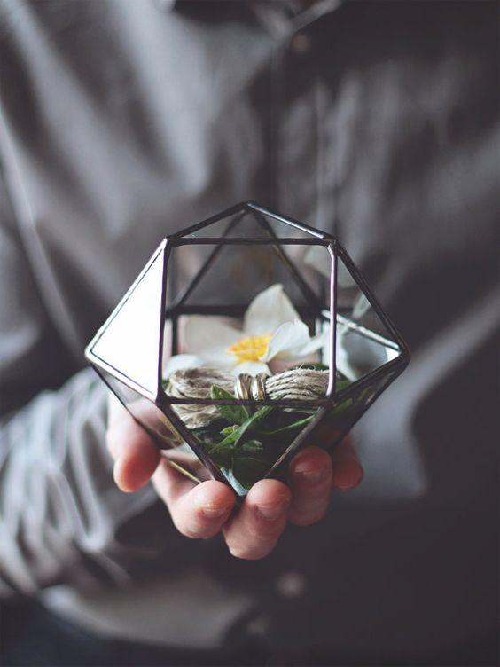 NEW Mini Geometric Terrarium / Cuboctahedron / Ring Pillow por Waen