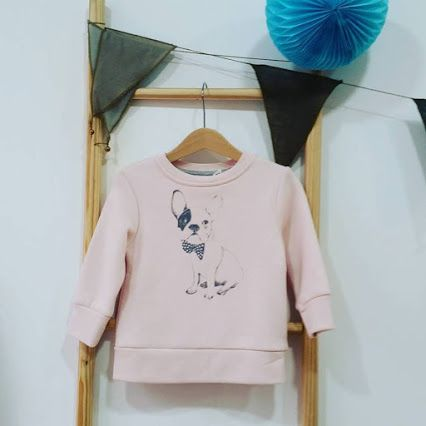 ⚠ Última ➡ talla: 1 año ⚠ 30% OFF  #sudadera #chula #bulldog  #onewelike  #lastone #mondegreenkids #kidsshop #gijon #kidswear #kidsaccessories #girls #boys #babies #winter #sale #rebajas #moda #niños #bebés #invierno #happysaturday #shoponline  www.mondegreenkids.com