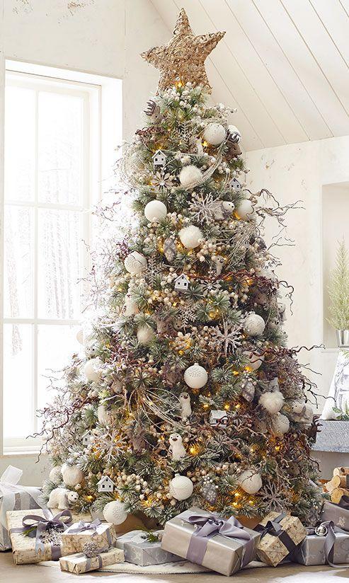 10 Creative Christmas Tree Theme Ideas That Will Inspire You Creative Christmas Trees Unique Christmas Trees Traditional Christmas Tree