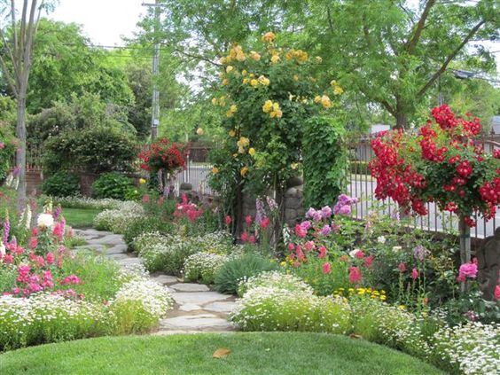 incredible!: Flowers Gardens, Flowers And Gardens, Amazing Storybook, Side Yard, Cindy Browns