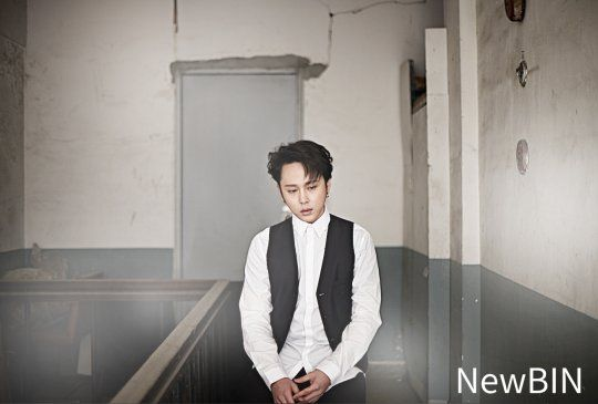 Watch: BEAST'S Yong Jun Hyung Broods About the Meaning of Life in New Video Pictorial